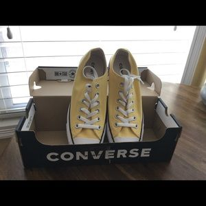 NEW Yellow Women's Converse Tennis Shoes
